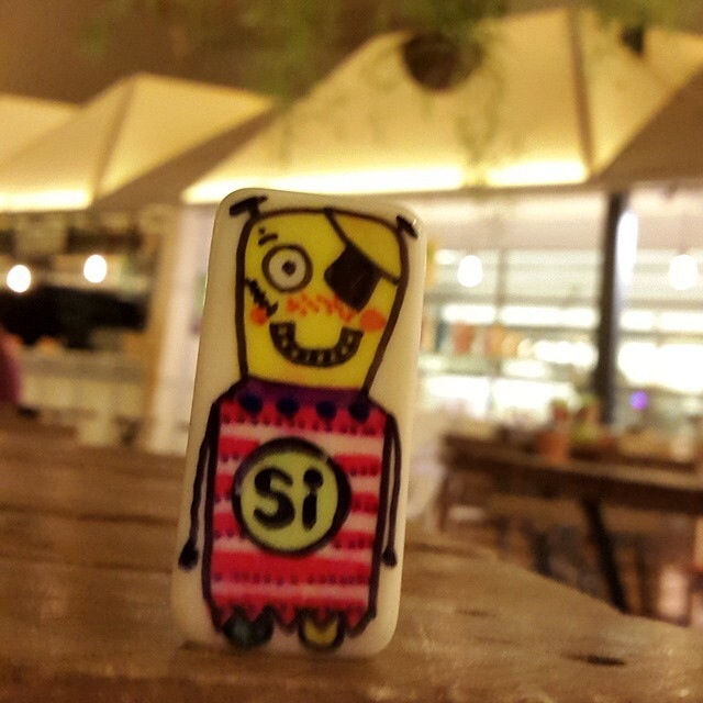 Botjoy MariaJCuesta Robot Courage Joy Hope Strength Luck